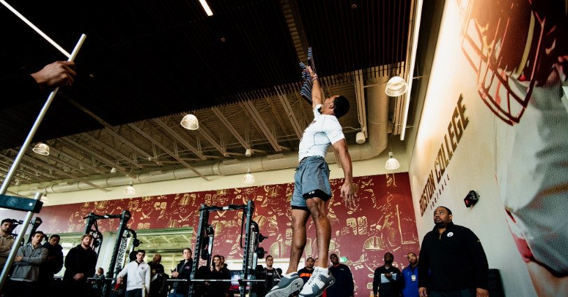 Several Eagles Stand Out At BC NFL Pro Day  https://www. bcinterruption.com/2019/3/22/1827 7060/several-eagles-stand-out-at-bc-nfl-pro-day?src=rss&amp;utm_source=dlvr.it&amp;utm_medium=twitter&amp;utm_campaign=theurbannewz &nbsp; … <br>http://pic.twitter.com/vSxo9ANve4