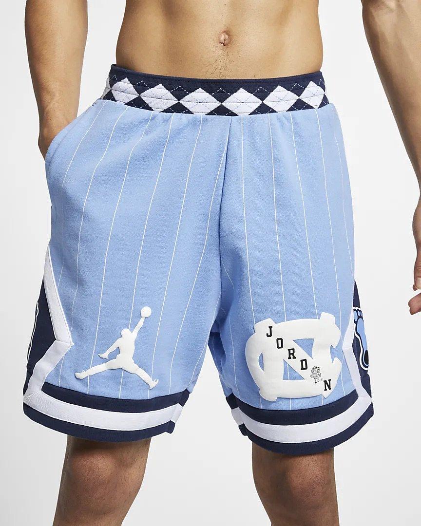"""f0e30bcda4ba2b NEW Jordan """"UNC"""" Fleece Shorts also in Valor Blue Link -   https   go.j23app.com bds pic.twitter.com BYdWGcPz84"""