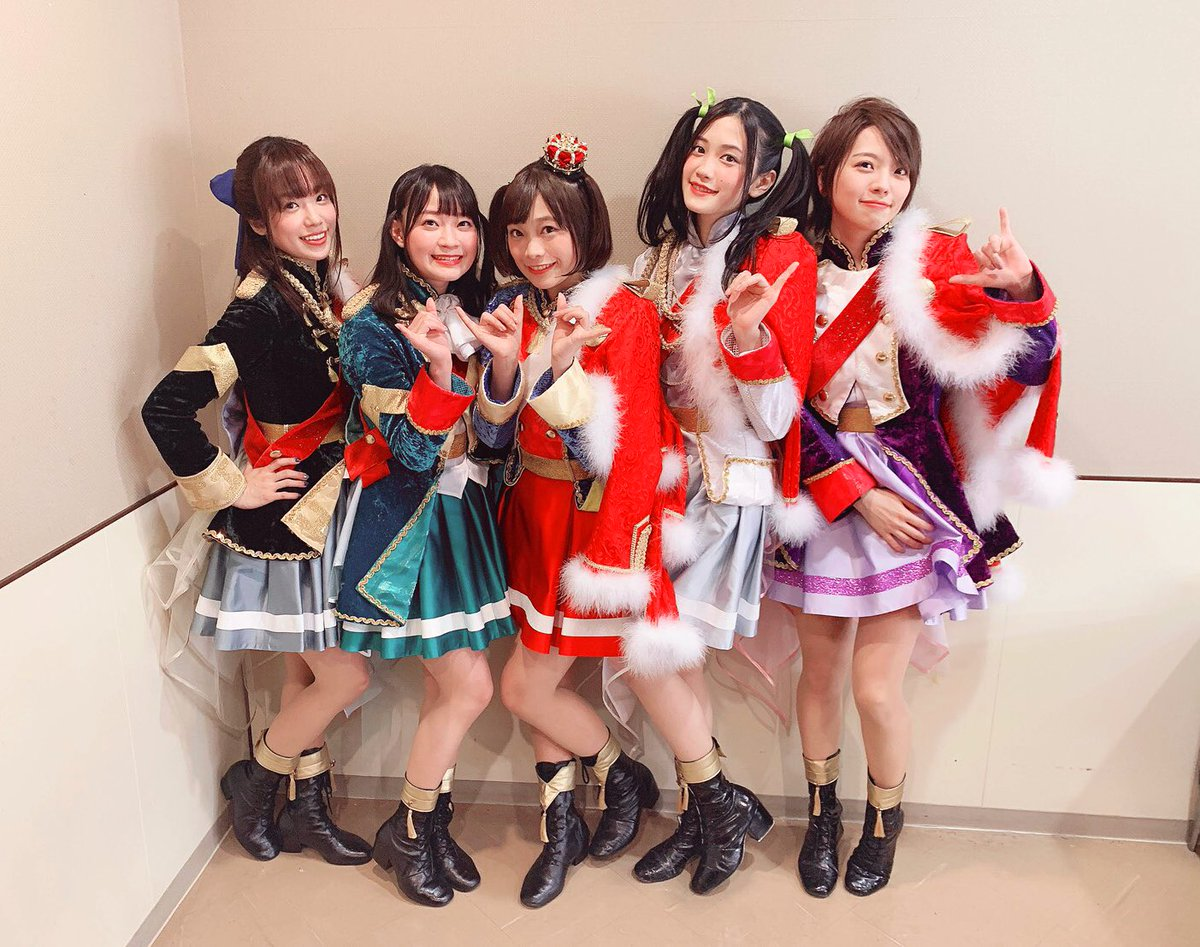 AJ Night 、このメンバーで3曲披露させていただきました!  皆めっちゃ元気〜〜!すごい!!たくさん盛り上がってくれて嬉しかったな🌱  明日から始まるAnime Japan2019も楽しみやね✨  本当にありがとうございましたー!てちお  #スタァライト