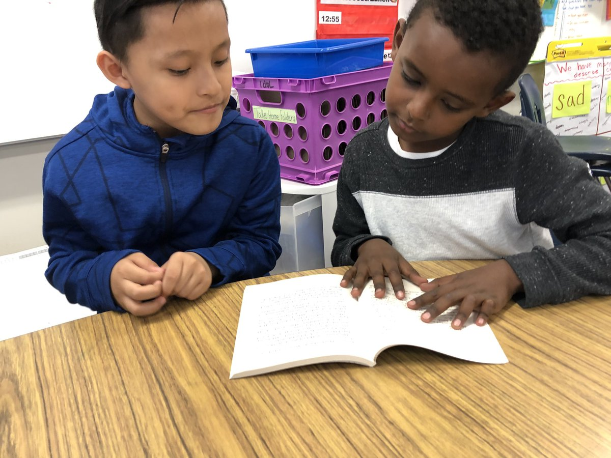 We had a great time partner reading on this lovely Friday! <a target='_blank' href='http://search.twitter.com/search?q=KWBPride'><a target='_blank' href='https://twitter.com/hashtag/KWBPride?src=hash'>#KWBPride</a></a> <a target='_blank' href='http://twitter.com/BarrettAPS'>@BarrettAPS</a> <a target='_blank' href='https://t.co/mnxEz18PLZ'>https://t.co/mnxEz18PLZ</a>