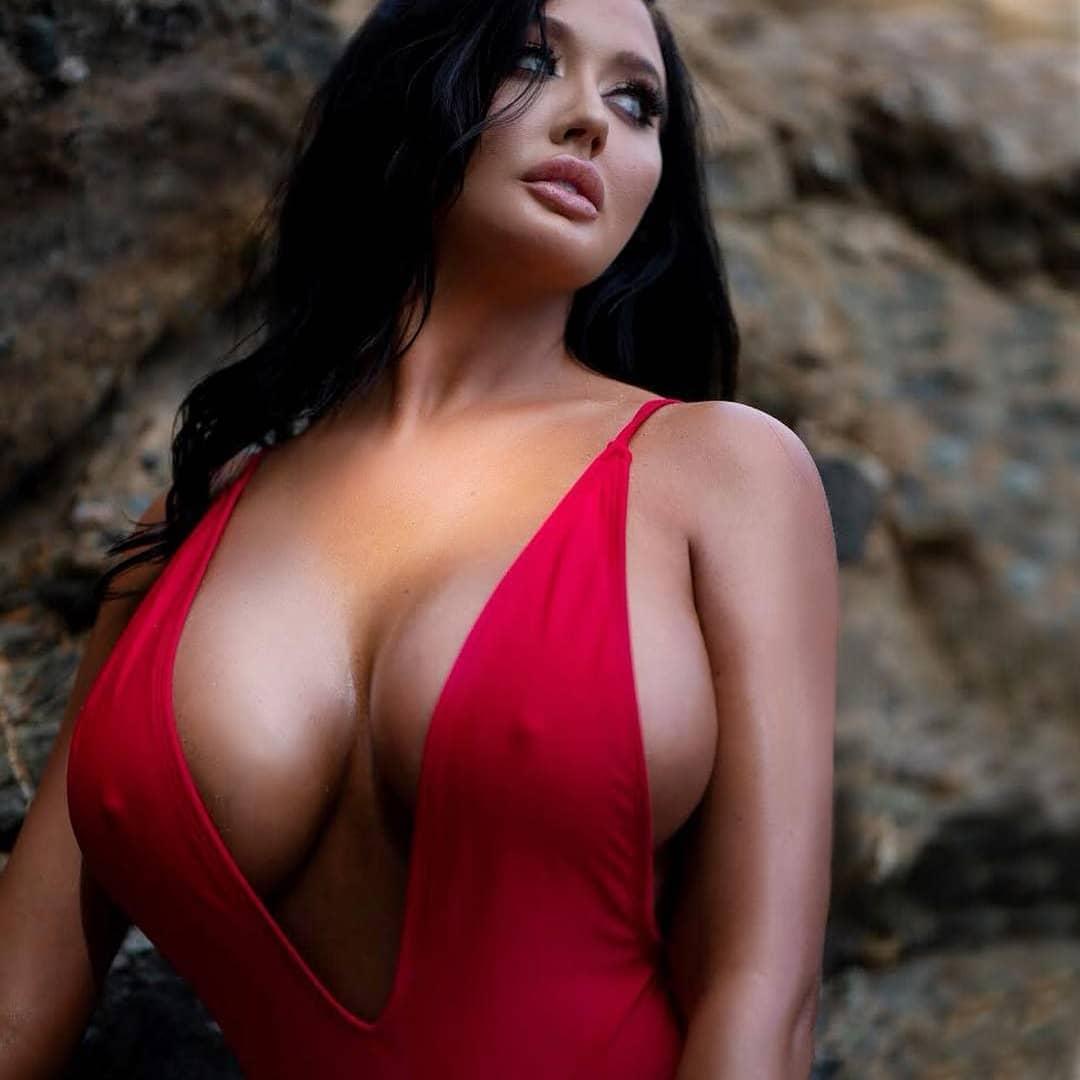 Amateur Italian Big Tits
