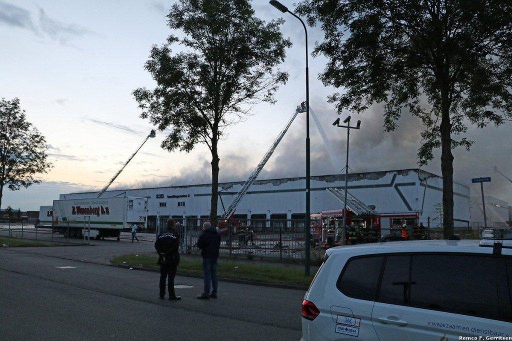 test Twitter Media - 26-06-16 Zeer grote brand bij transportbedrijf Goes, Naamrijk (DeMeern) https://t.co/jDp9ZOUzIE https://t.co/uRU72GD1C6