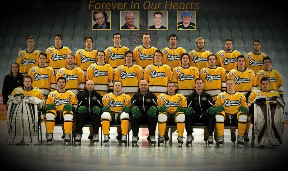 Thinking of the Humboldt Broncos and their families today.  #humboldtstrong #neverforgotten<br>http://pic.twitter.com/68vyoKqZET