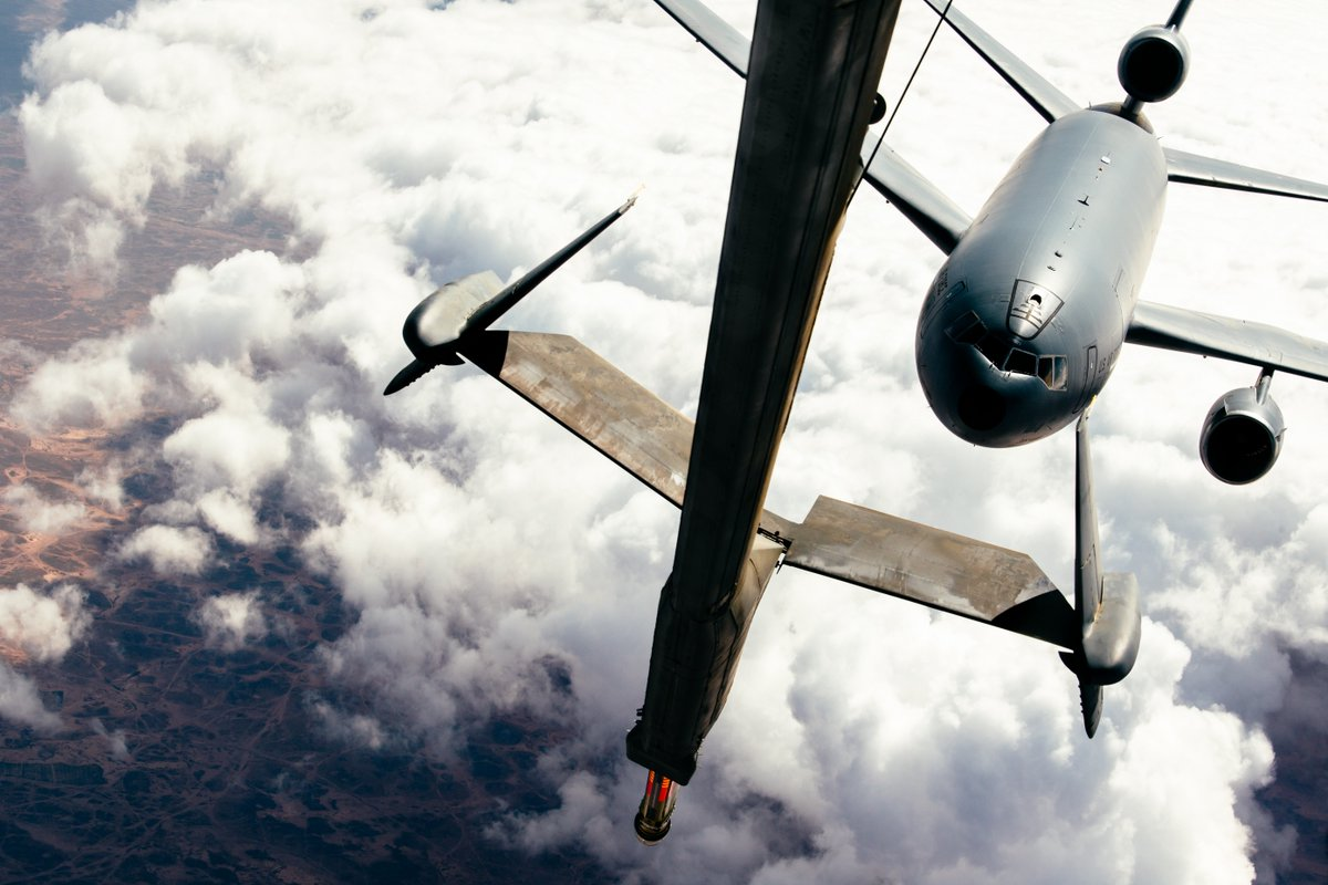 It's not just a fuel stop for small jets, the KC-10 also refuels the big boys when the need arises.  Check out this KC-10 Extender as it refuels another KC-10 Extender in support of @CJTFOIR. #KnowYourMil