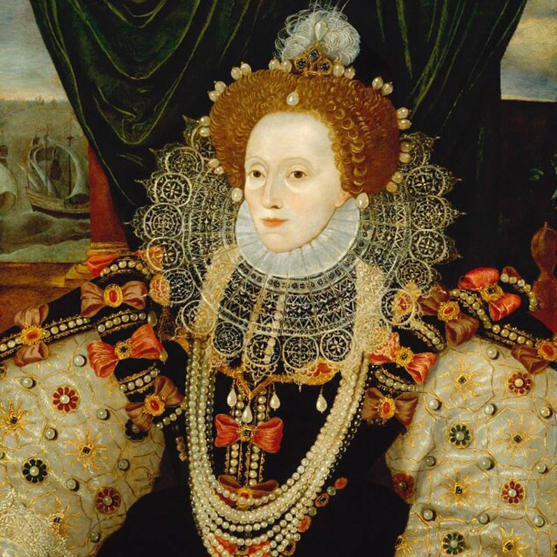 On 24 March 1603, Queen Elizabeth I died at Richmond Palace aged 69, surrounded by friends and ladies-in-waiting. She was the last and longest reigning Tudor monarch. This portrait of Elizabeth dates from c.1588, by an unknown artist © @NPGLondon <br>http://pic.twitter.com/KwcnXRhEz8
