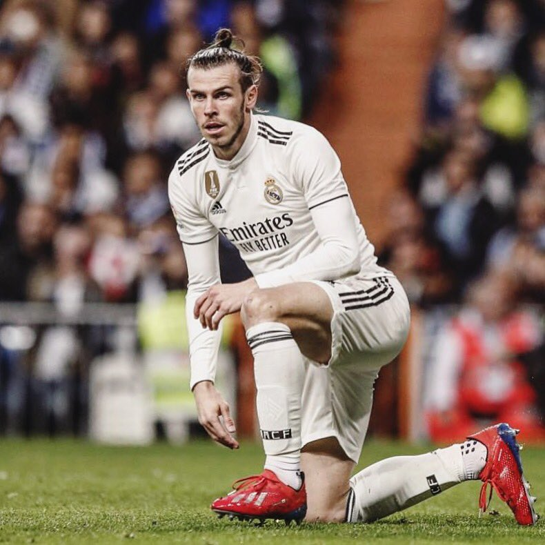 Gareth Bale: &quot;I loved playing for Southampton, the fans are incredible and I will always be in debt to them.&quot; #Saintsfc<br>http://pic.twitter.com/twKVc9Lug9
