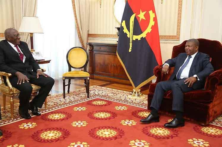 Vamos continuar a cooperação com a #África, diz primeiro vice-presidente cubano (+ fotos) #Cuba #Angola #Africa #Hermandad #CubaCoopera #SomosCuba #SomosContinuidad https://tudoparaminhacuba.wordpress.com/2019/03/22/vamos-continuar-a-cooperacao-com-a-africa-diz-primeiro-vice-presidente-cubano-fotos/…