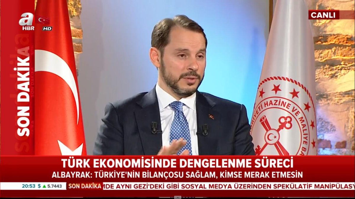 Turkish Minister of Finance and Treasury, Erdoğan&#39;s son-in-law Berat Albayrak, on TV right now.   He&#39;s claiming the lira collapse is a speculative attack. Also pointing out Turkish govt and company debt is low compared to developed economies.  Problem is, interest rates are 24%. <br>http://pic.twitter.com/neqSiIPBBb