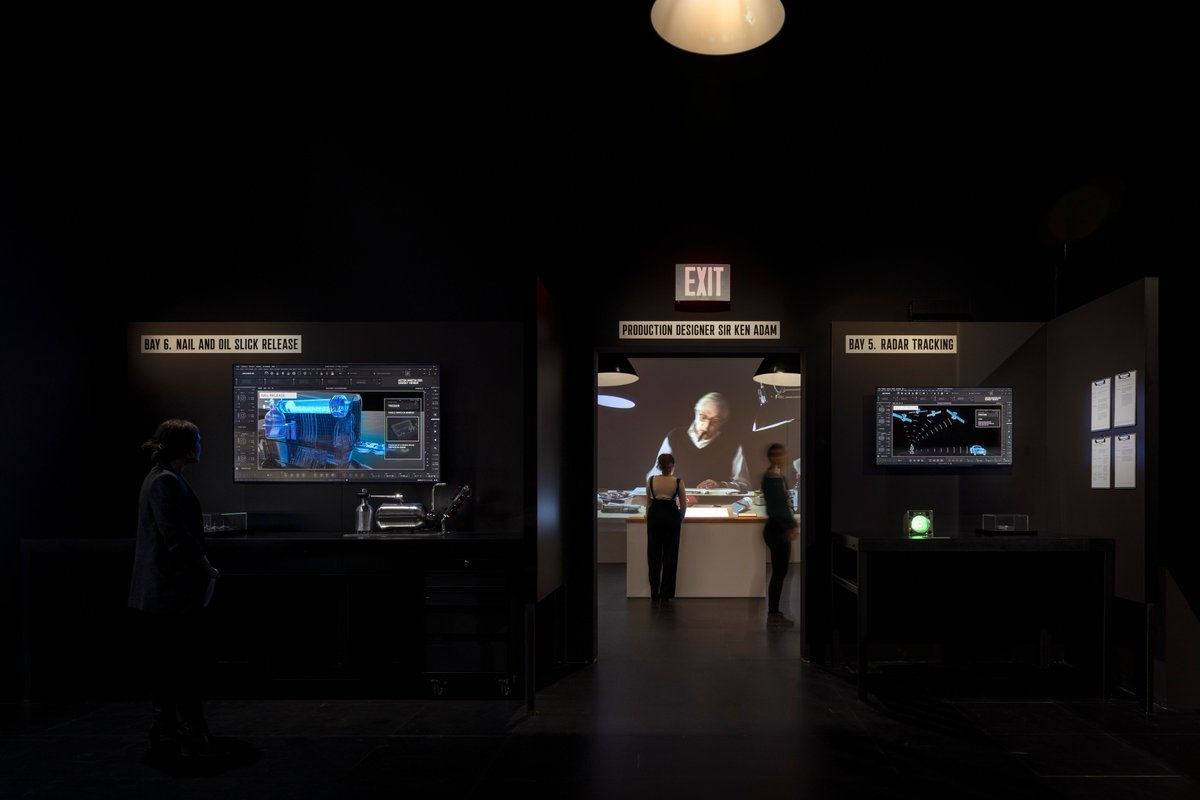 DRIVEN: 007 x SPYSCAPE is now open in New York. The exhibition takes fans on a multi-sensory journey to discover the secrets behind Bond's Aston Martin DB5 and the film making process. <br>http://pic.twitter.com/sqkVq2lOh5