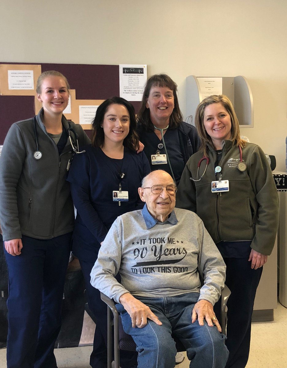 Our cardiac rehab team members at Henry Ford Wyandotte Hospital made sure patient Valentine Pisarcik had a memorable 90th #birthday. They threw him a party complete with 1930s music and cupcakes. Happy birthday! 🎂🎁🎈