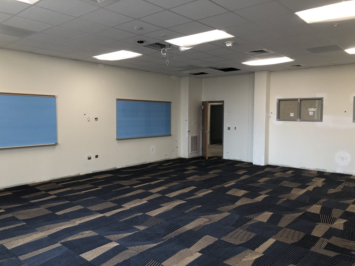 Love the look of our new classrooms! Go Vikes! <br>http://pic.twitter.com/xavclRAqcY