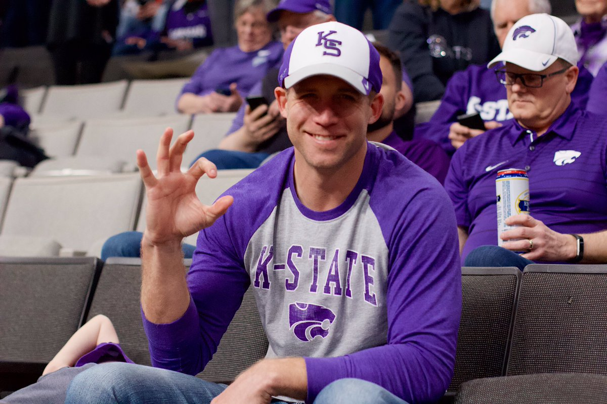 #KStateFB great Jordy Nelson cheering on the 'Cats in #MarchMadness <br>http://pic.twitter.com/GqWtGG45DG