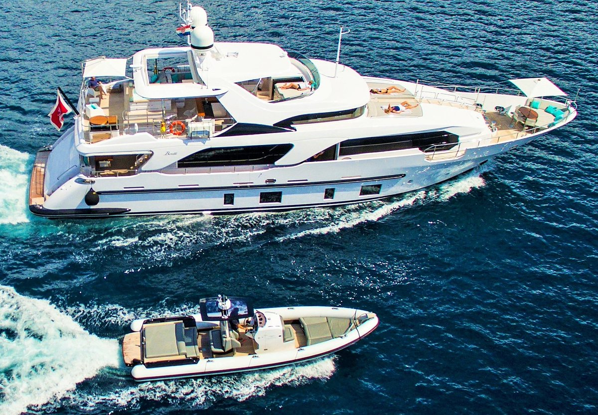 test Twitter Media - A beautiful Benetti and its impressive Hunton Yachts tender... the H1005.  Info@huntonyachts.com  https://t.co/Q31XLoJLiL https://t.co/2UOiTS2QaR