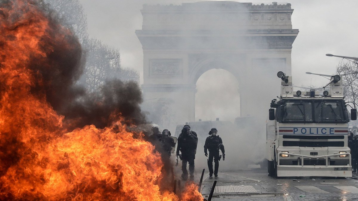 """Yellow Vestiges: Inside the Riots of March 16  How the #GiletsJaunes movement outlasted efforts by police to crush it by force, by politicians to co-opt it into fruitless dialogue, by """"leaders"""" to pacify it, by fascists to use it as a recruiting platform.  http://cwc.im/yellowvestiges"""