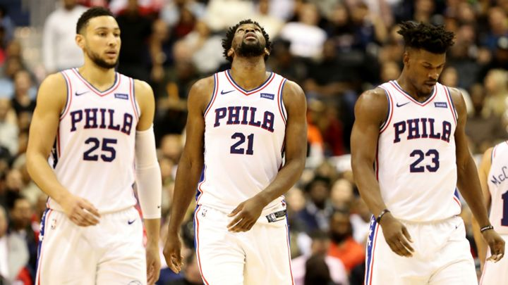 How will the #76ers handle a huge summer of free agency?   There are four scenarios in play, writes @seandeveney:  ➡️ http://bit.ly/2FlGOYh