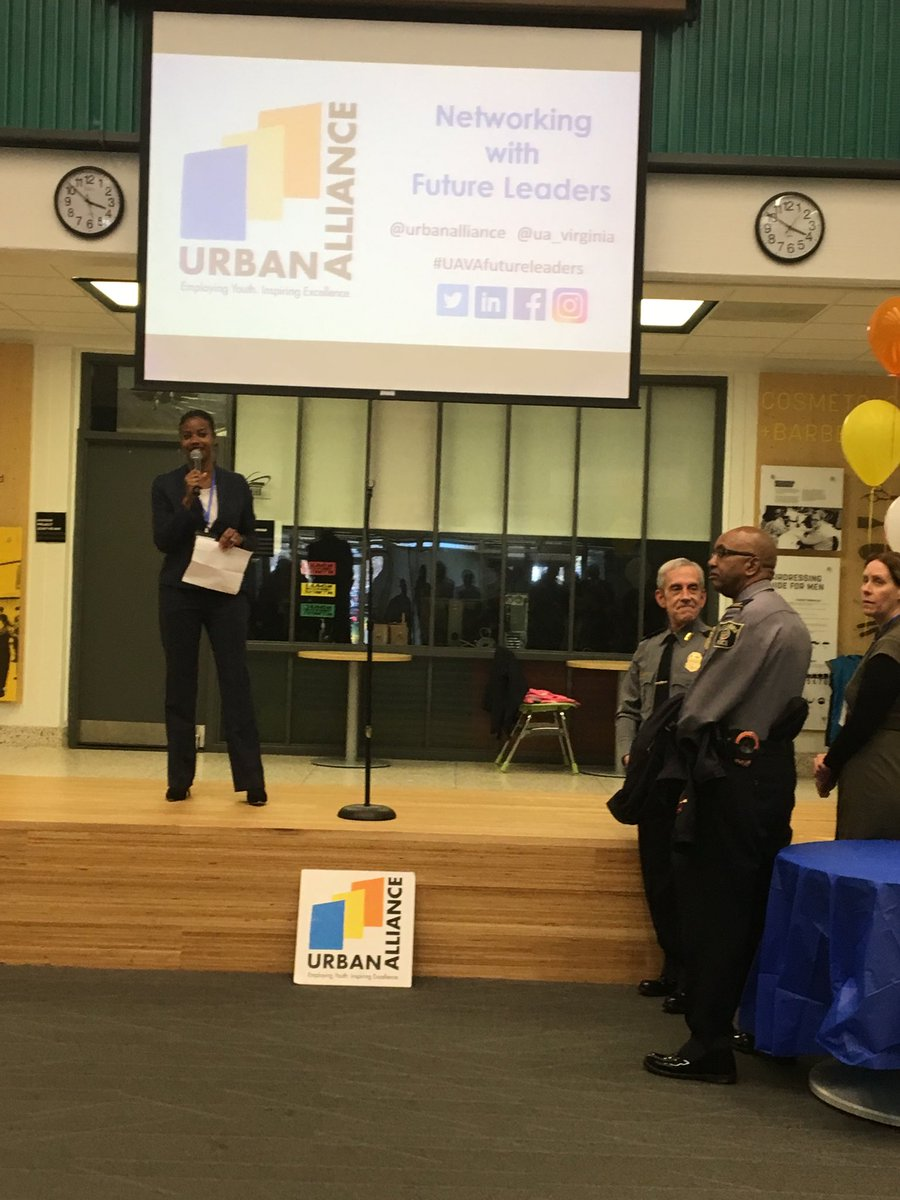 Urban Alliance Networking with Future Leaders event <a target='_blank' href='http://twitter.com/APSCareerCenter'>@APSCareerCenter</a>  Great opportunity for students. <a target='_blank' href='https://t.co/ONGXTSBvxc'>https://t.co/ONGXTSBvxc</a>