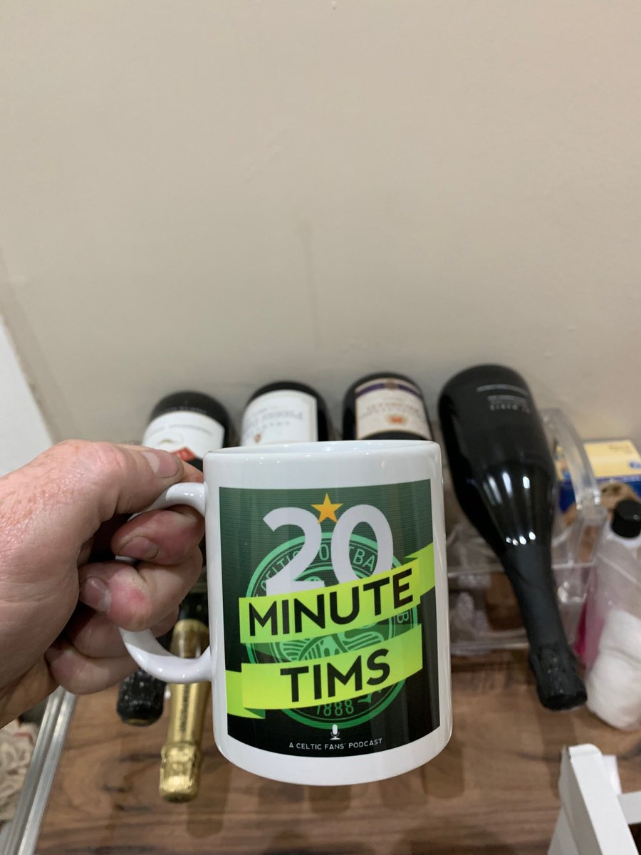 @20MinuteTims my chipped and stained Sports Direct mug can finally be retired and I can sip my Blue Nun in style. Cheers  <br>http://pic.twitter.com/kbWuR18PVX