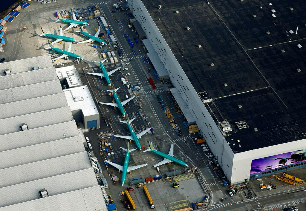 Change to 737 MAX controls may have imperiled planes, experts say https://reut.rs/2JyNhEr