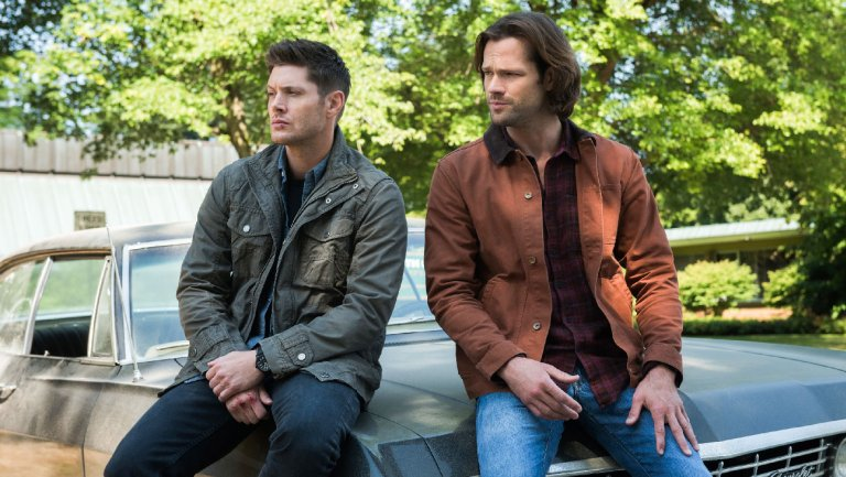 It's official: #Supernatural to end with season 15 on @TheCW http://thr.cm/QlR6jk