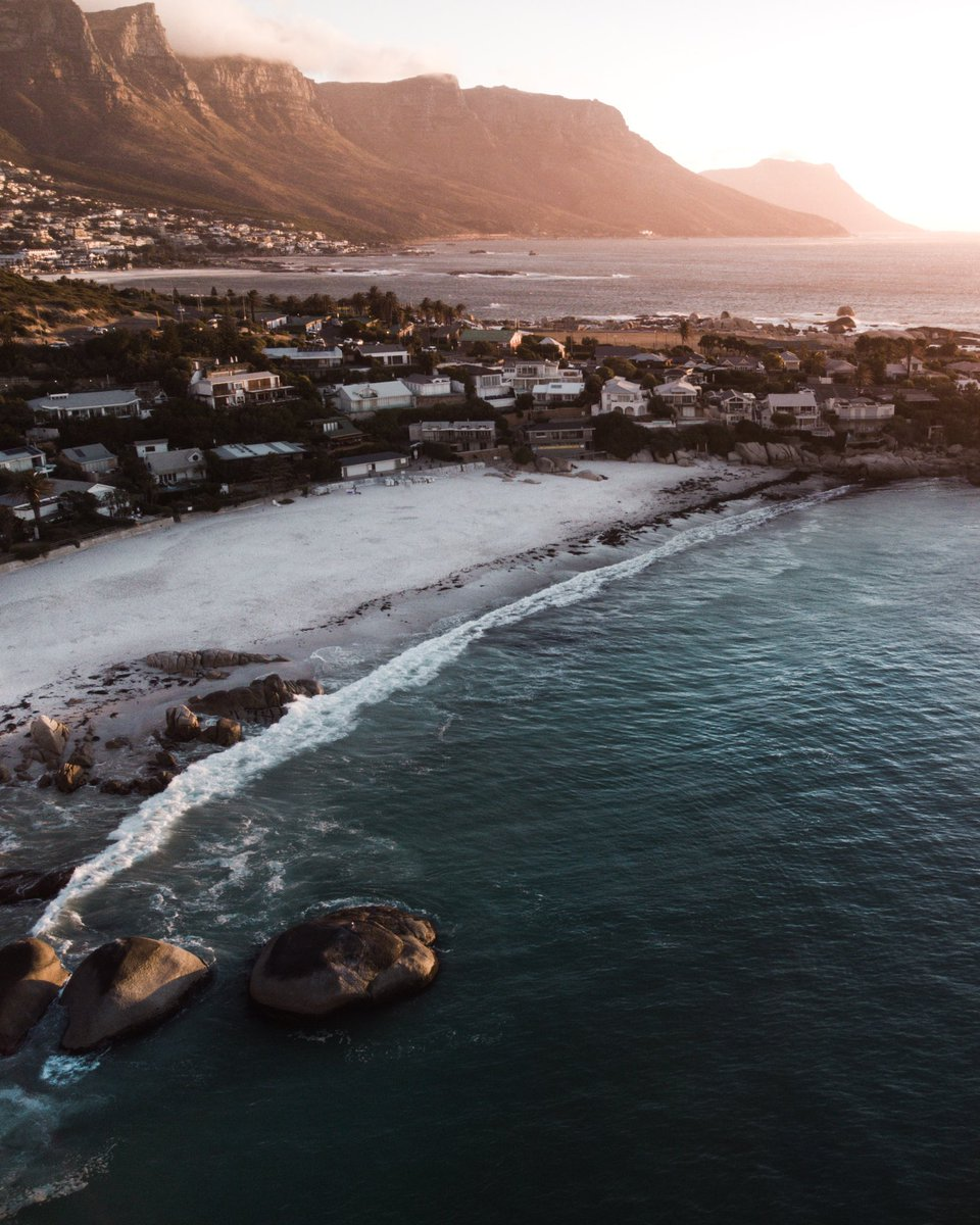 IG http://instagram.com/ascan. 🌴💦  ______________________ #naturephotography #dronephotography #landscape #sunset #capetown #SouthAfrica