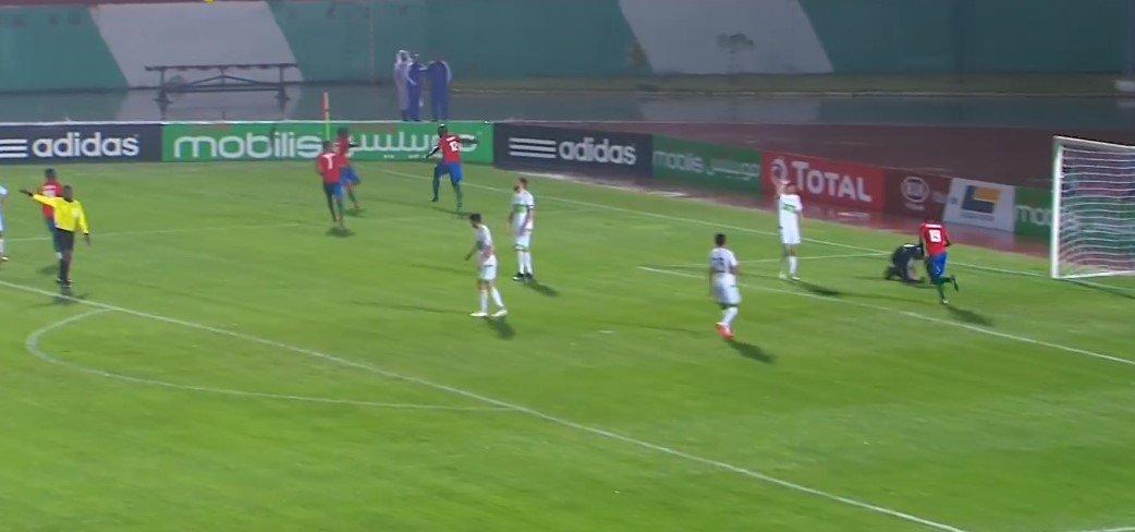 الجزائر 1-1 غامبيا : اداء مخيب للغاية 26