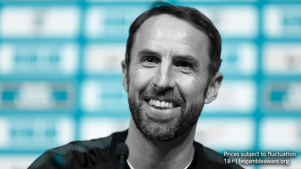 England are now 7/1 behind favourites France (4/1) to lift the trophy at #Euro2020...  Is it coming home?  📲 https://t.co/R7vcE7i9UG