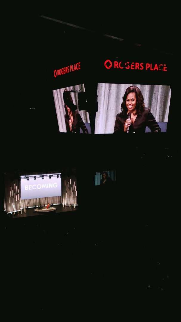 RT @whereedmonton: #IAmBecoming with Michelle Obama at @RogersPlace ❤️  #yeg #yegevents https://t.co/vtFM8Ewd6j