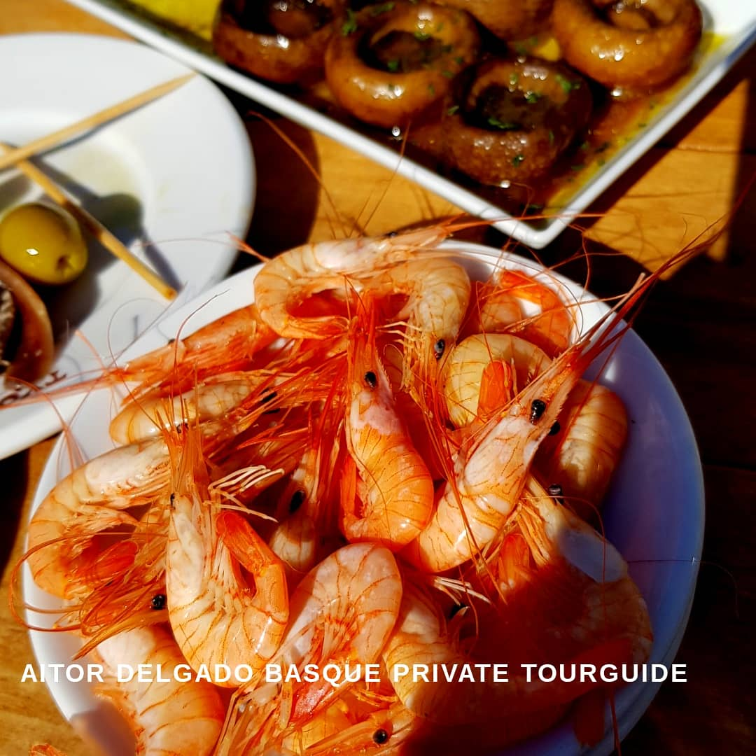 """These tiny shrimps """"quisquillas"""" are hard to #taste for visitors, because the best time to #fish them in the North of #Spain & the #basquecountry happens from November to March a low season for visitors. I was so happy to get them for my #privatetour guests today! #foodie #tour"""