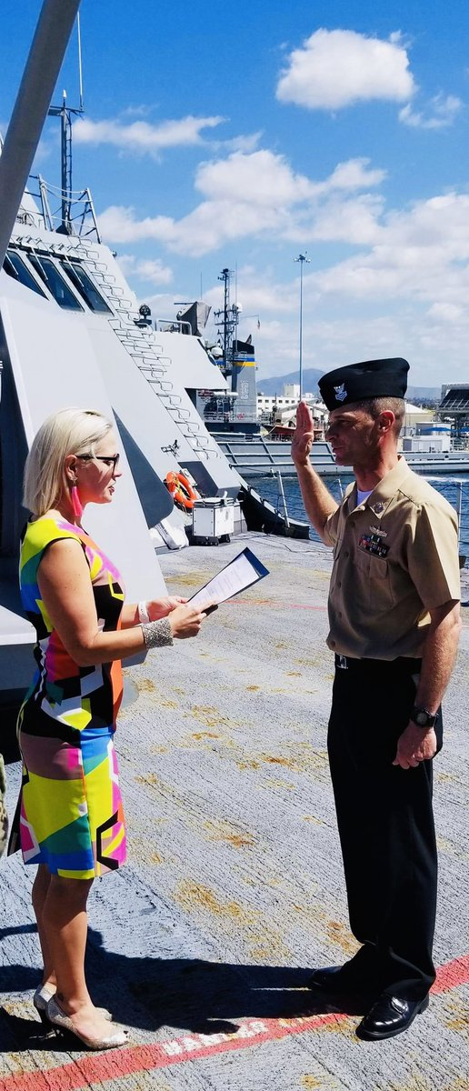 What an incredible privilege to administer the re-enlistment oath to my little brother Gunner's Mate 1st Class Petty Officer Sterling Sinema on the USS Freedom this afternoon!   So proud of his service to our country <br>http://pic.twitter.com/YIROZQ8NOj