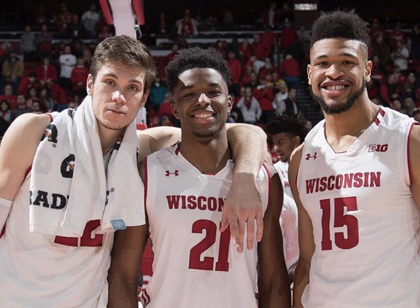 Thanks for the memories, fellas  Once a Badger, Always a Badger  #OnWisconsin <br>http://pic.twitter.com/8ZBdI3dqSy