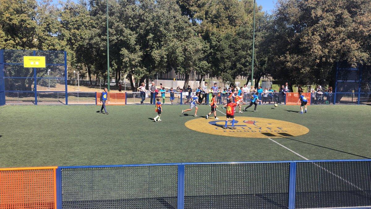 Final masculina del Torneig 6vs6 Cruyff Court Esplugues al Parc de Can Vidalet @ajesplugues. 6 equips masculins amb una participació de 60 alumnes de les diferents escoles d'Esplugues #EspluguesCiutatActiva #cruyffcourt @FundacionCruyff