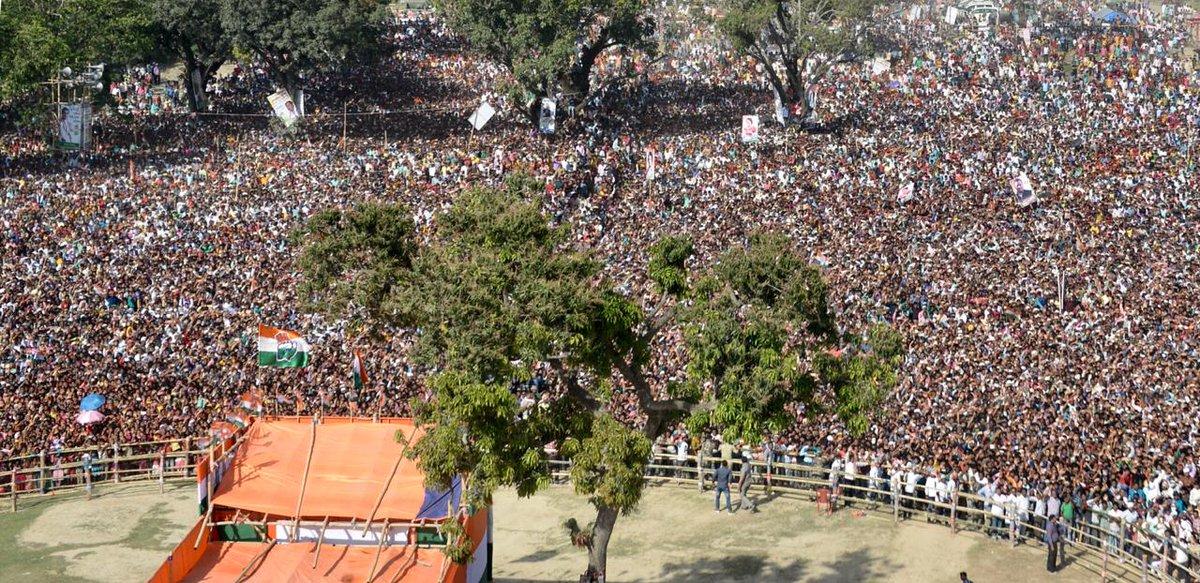 CP @RahulGandhi&#39;s public meeting in Malda, West Bengal.  #HridMajhareRahul<br>http://pic.twitter.com/ILFwHcDGpc