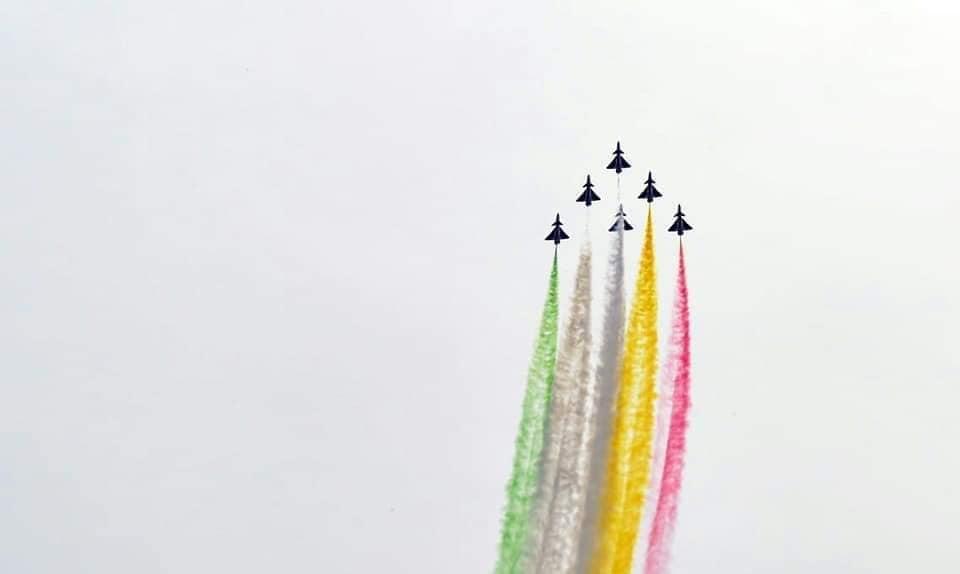 في عيدها الوطني.. باكستان تدعو للسلام مع الهند وتعرض قدراتها العسكرية D2VE89fWwAEyf6V