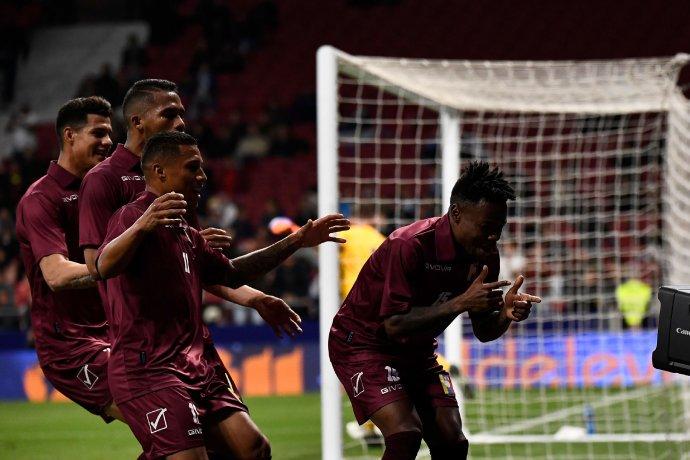 Así fueron los goles de la victoria venezolana ante @Argentina    https://t.co/7uQ3TlaRBO https://t.co/PQX2Y0mZrb