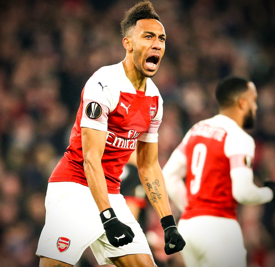 Morning all   The weekend is not the same without watching our ARSENAL,  hope you all have a great one anyway,  have fun take care COYG <br>http://pic.twitter.com/oD12UtSwbZ