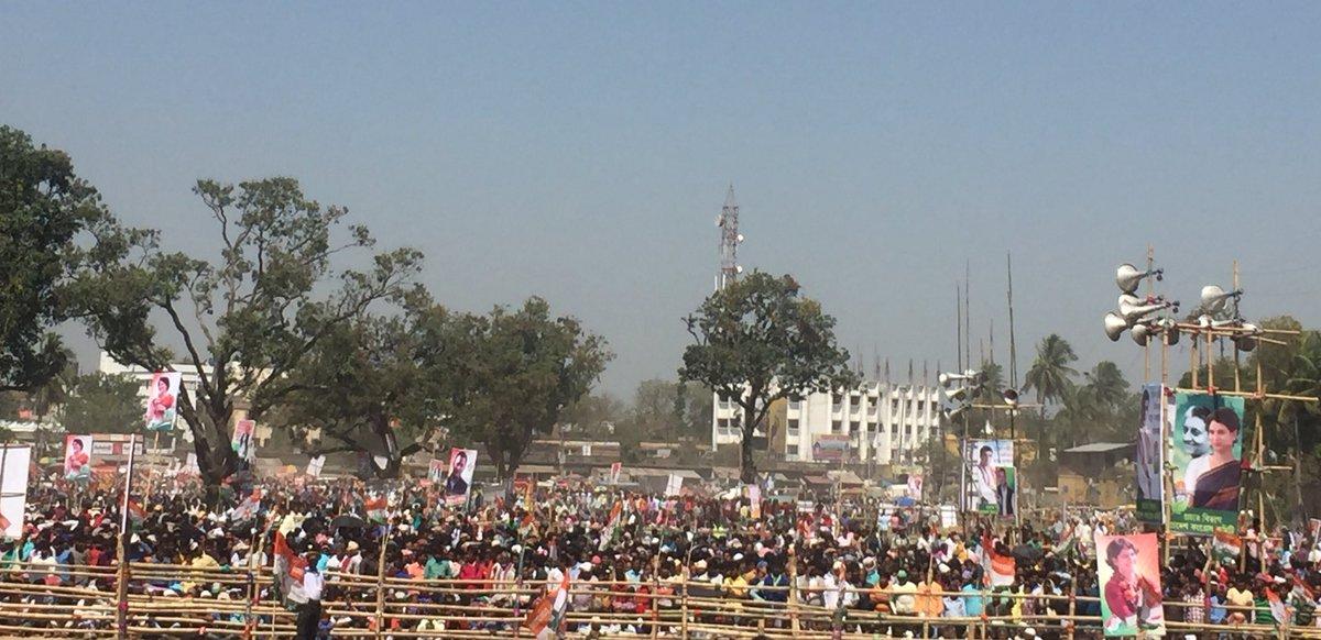 Massive Crowd At Rally Place of @RahulGandhi   #HridMajhareRahul<br>http://pic.twitter.com/CvCZ6rsveV