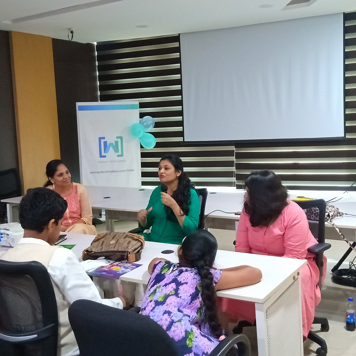 Fireside chat happening here at #IWDWTMVIZAG19 #IWD2019  thank you @gdg and @Google for making this happen.!<br>http://pic.twitter.com/quZC1VBZ8K