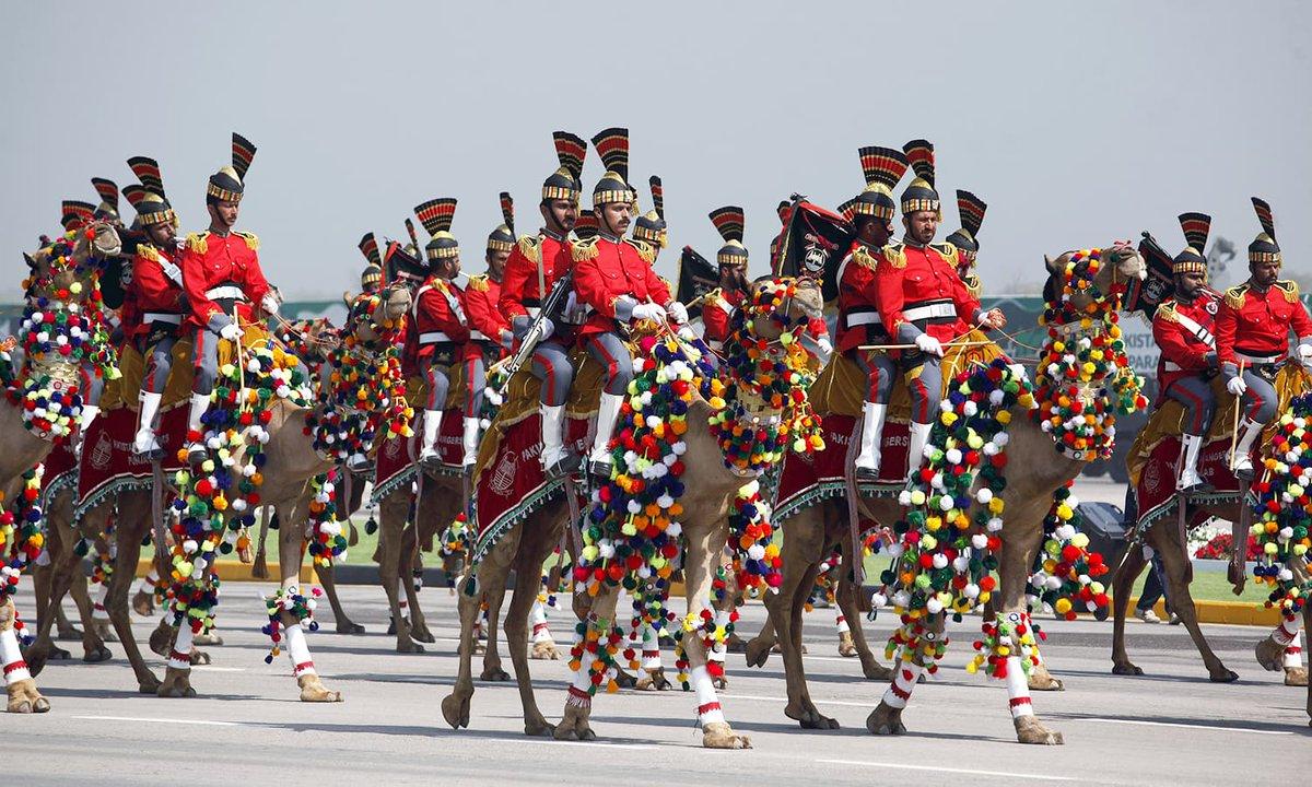 في عيدها الوطني.. باكستان تدعو للسلام مع الهند وتعرض قدراتها العسكرية D2VjIEZW0AA-FcG