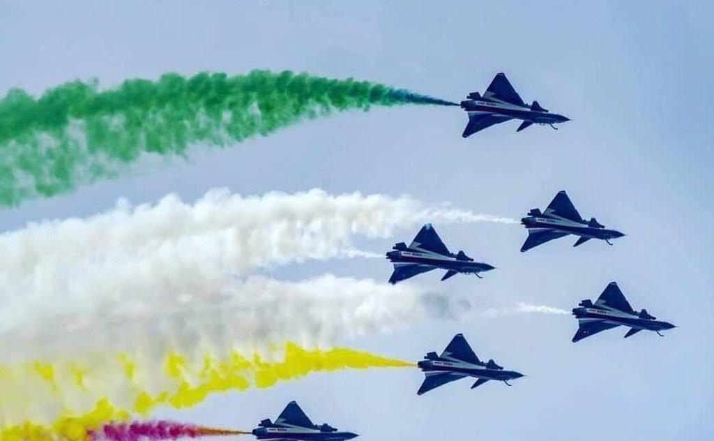 في عيدها الوطني.. باكستان تدعو للسلام مع الهند وتعرض قدراتها العسكرية D2VjodLWwAAtBWX