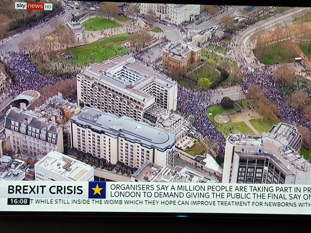 People are waking up - pictures speak a 1,000 words.  1,000,000 on the Put It To The People's march versus 10 around a Pub garden table  'What dreams the Brextremists promised us, what nightmares we now face.' https://www.independent.co.uk/voices/brexit-march-revoke-article-50-petition-put-it-to-the-people-a8836866.html… #PutitothePeopleMarch live  @peoplesvote_uk
