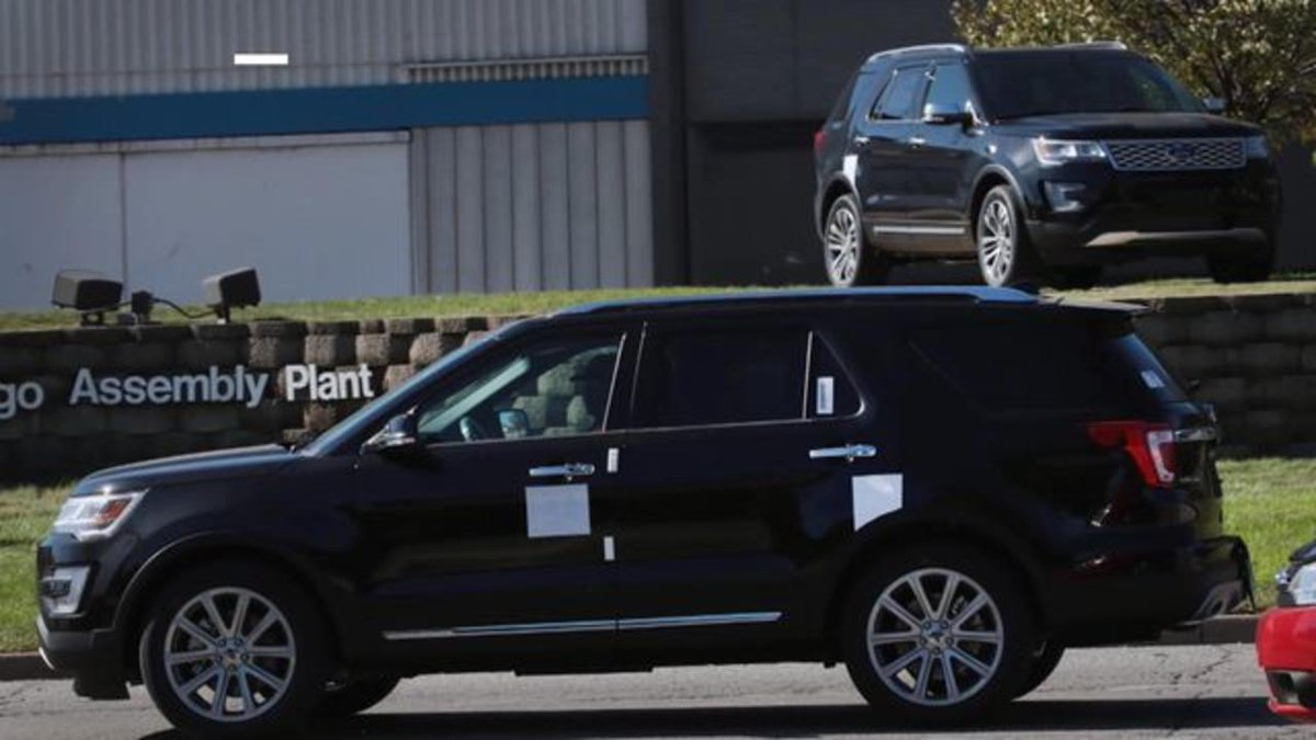 Many Ford Explorer owners believe their SUVs are making them sick with fumes https://bloom.bg/2Fr2cwx
