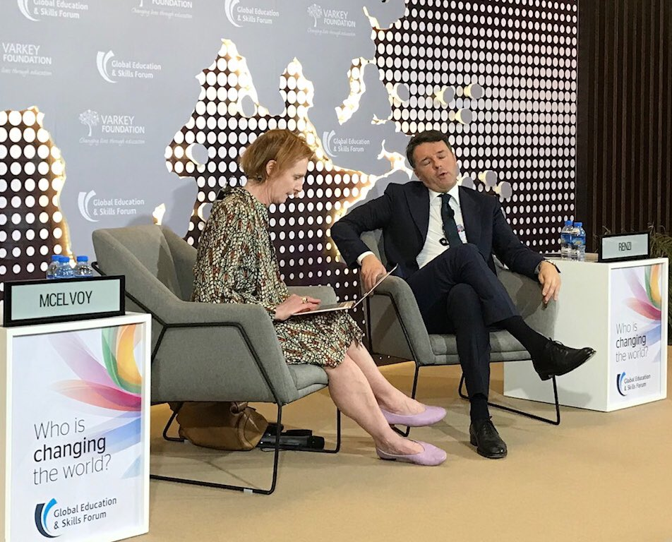 POPULISM IN EDUCATION is, according to M. Renzi, to tell young people that, as jobs and knowledge are changing, knowledge is no longer important and so they shouldn't study any substantive topic. Good to hear this at a @GESForum discussion!<br>http://pic.twitter.com/YxlcR7tPFF