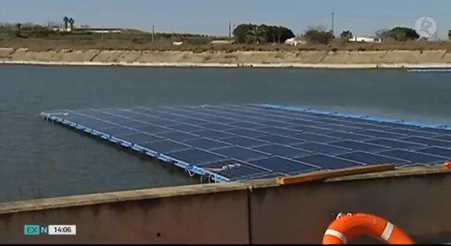 Los regantes extremeños estrenarán su primera planta fotovoltaica flotante en breve. Hay otra decena en proyecto. Una sistema que reducirá su factura de electricidad en un 50%. Desde hoy se pueden pedir las ayudas de la segunda convocatoria de la Junta de Extremadura.   #EXN https://t.co/Du6n38ILg7