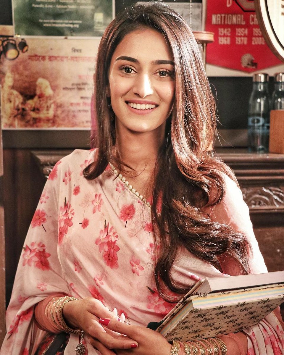 Do not allow others to dim your light, simply because you are shining it in their eyes. Be brilliant. Be You Everyday.   Shine On  @IamEJF   #PrernaSharma #PrernaSharmaBasu #KasautiiZindagiiKay #EricaFernandes #EjF #WeStandByEJF<br>http://pic.twitter.com/DTpk23c1bI