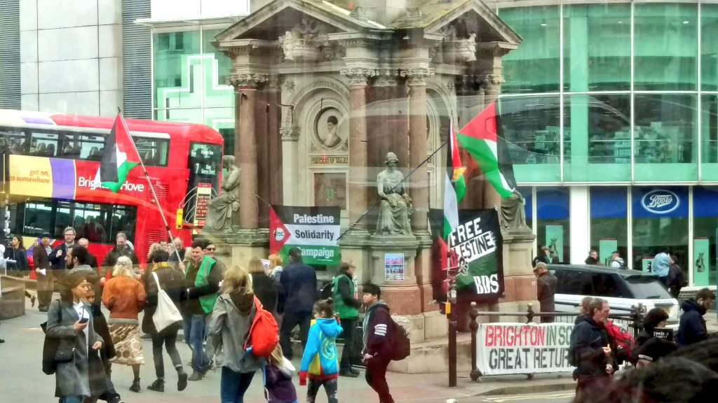 Impossible to miss the solidarity with Palestine in #Brighton city centre today