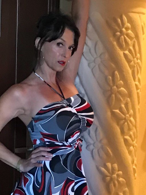 For some good dirty fun join me st clips4sale store 15319 https://t.co/7krKMmcy54