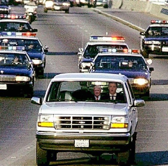 Hear Me Roar On Twitter We Have Reports Of White Bronco Heading South On I 95