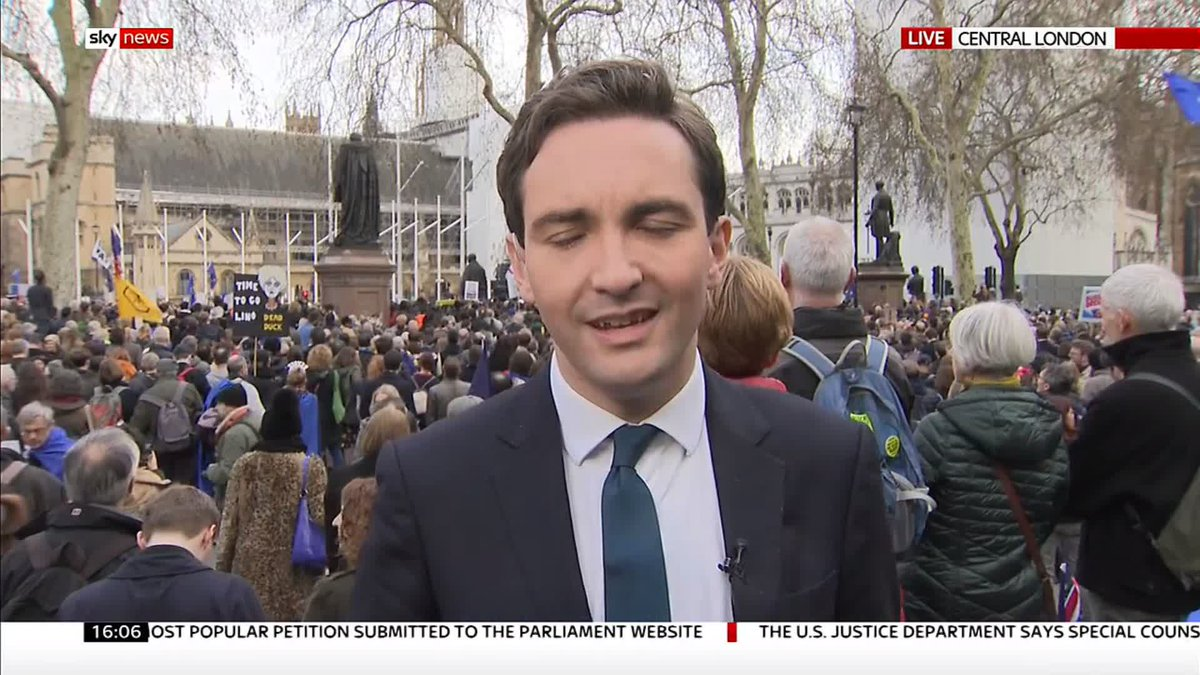 .@lewis_goodall is in Westminster where organisers of the #PeoplesVoteMarch say one million people have descended on Parliament calling for a second referendum http://po.st/qxvCDP