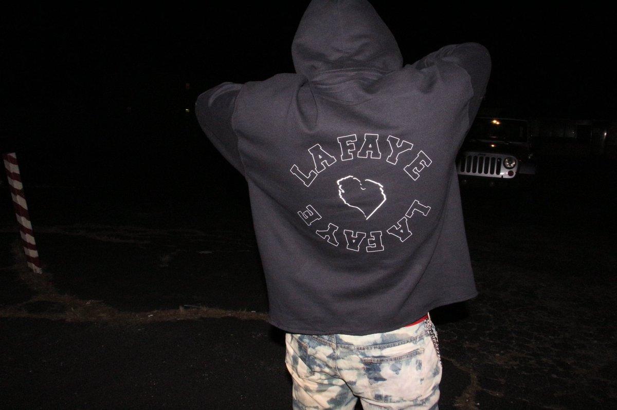 32 denim comin soon Go cop a hoodie too   http:// Dncklafayeonline.bigcartel.com  &nbsp;  <br>http://pic.twitter.com/2xeNkN7yzm