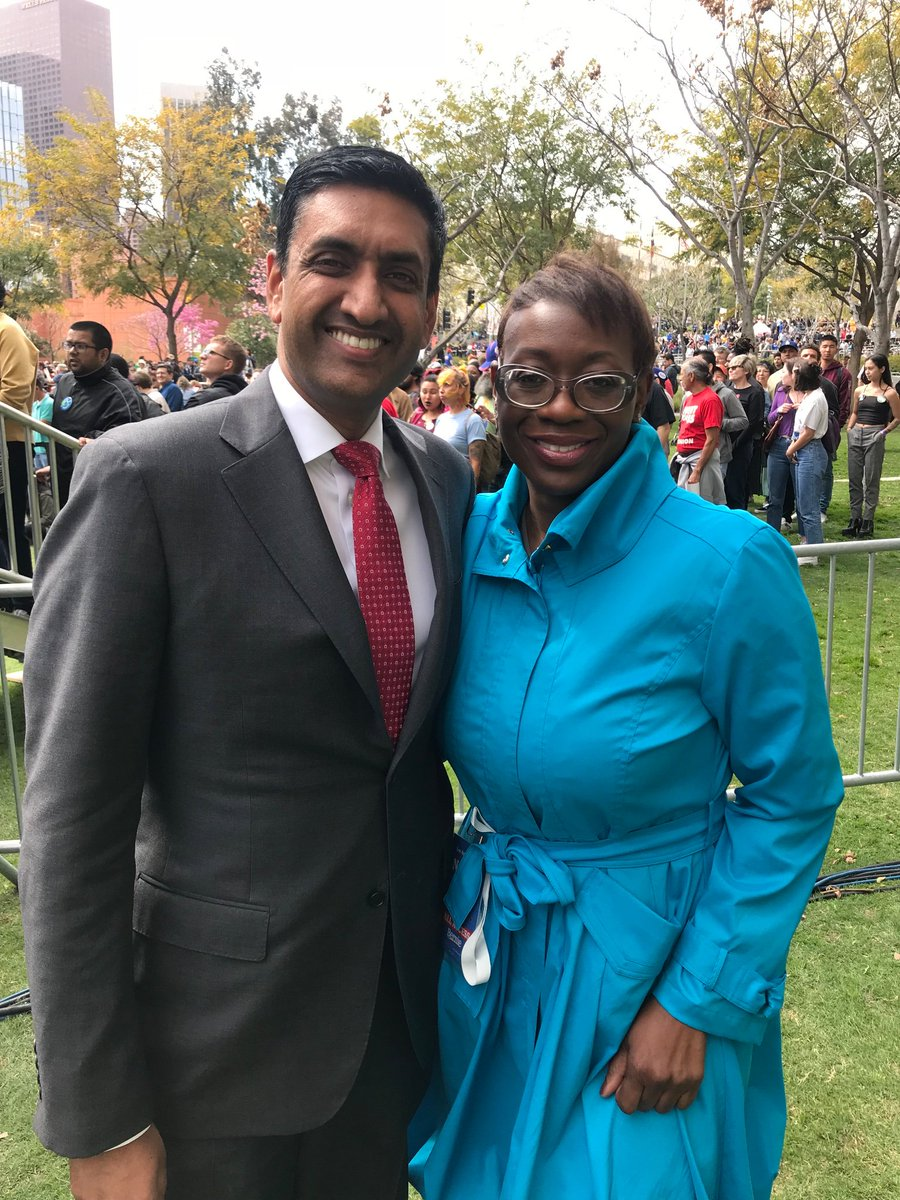 Excited to be here in LA with @ninaturner to introduce @BernieSanders to the thousands of supporters joining us today!